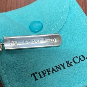 Tiffany & Co. 1837 bar necklace